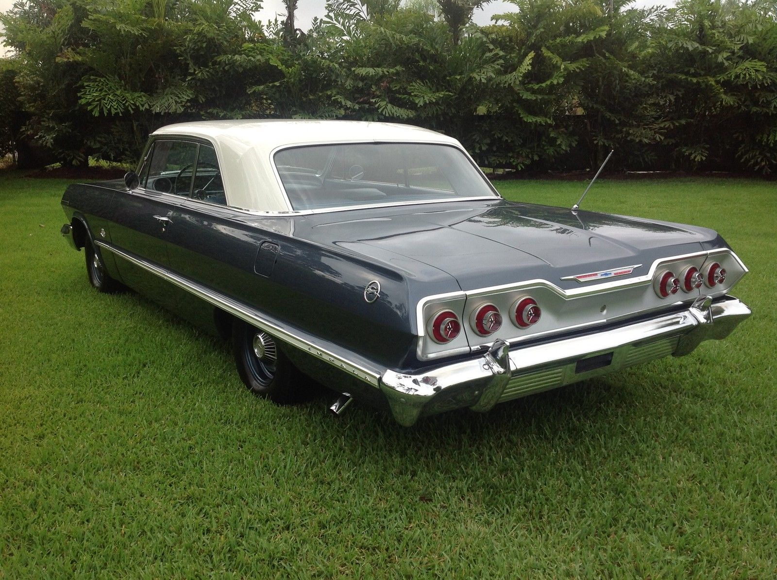 1963 Impala Sport Coupe - 409 blue 03