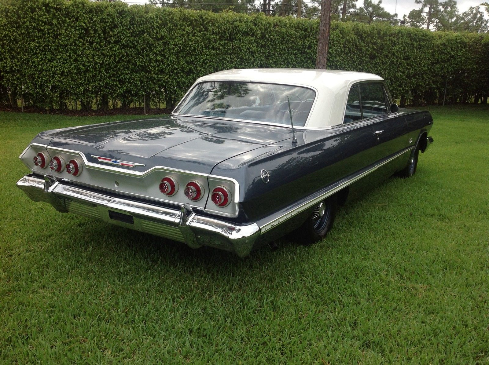 1963 Impala Sport Coupe - 409 blue 04